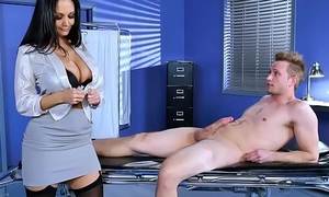 Huge bowels doctor Ava Addams fixes big dick problem