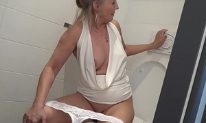 Peaches granny puts loo brush nearby young boys asshole