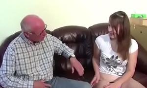 Opa enkelin fickt Geiler Opa
